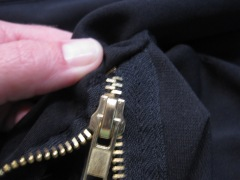 Thread zipper